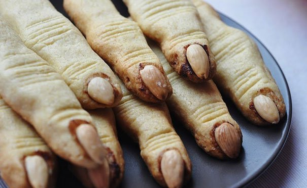 22 Bizarre Halloween Food Ideas